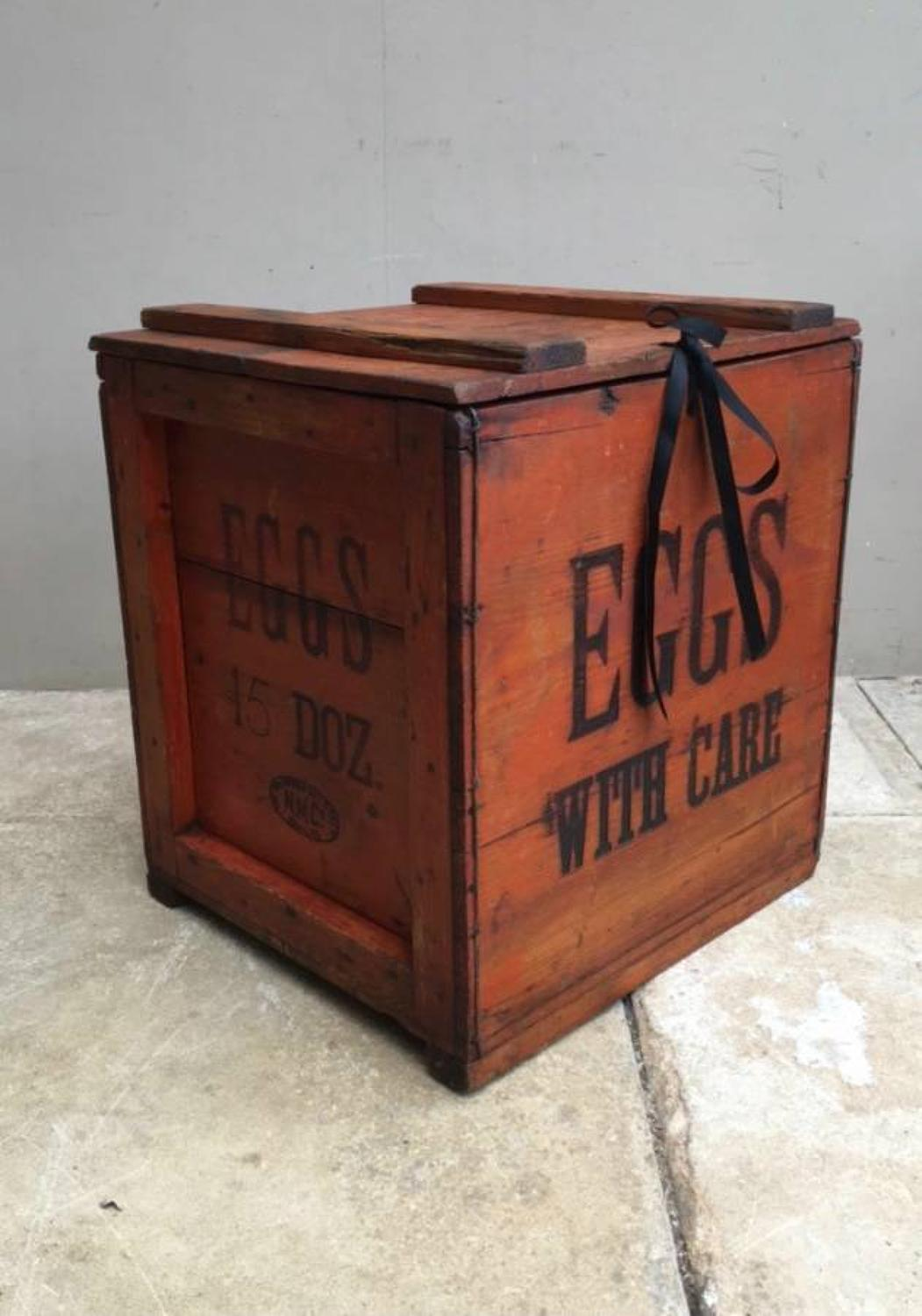 1920s Large Travelling Pine Eggs Box Trunk