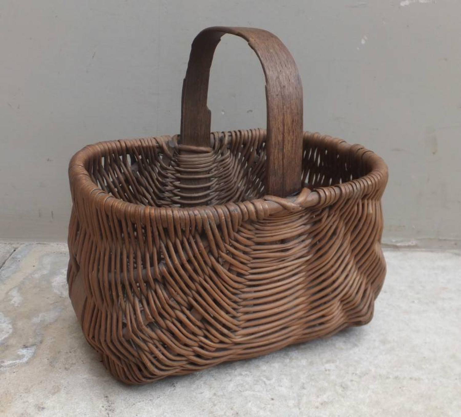 Victorian Childs Basket with Bentwood Handle