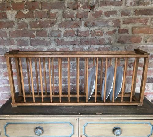 Late Victorian Single Tier Plate Rack - 14 Plates