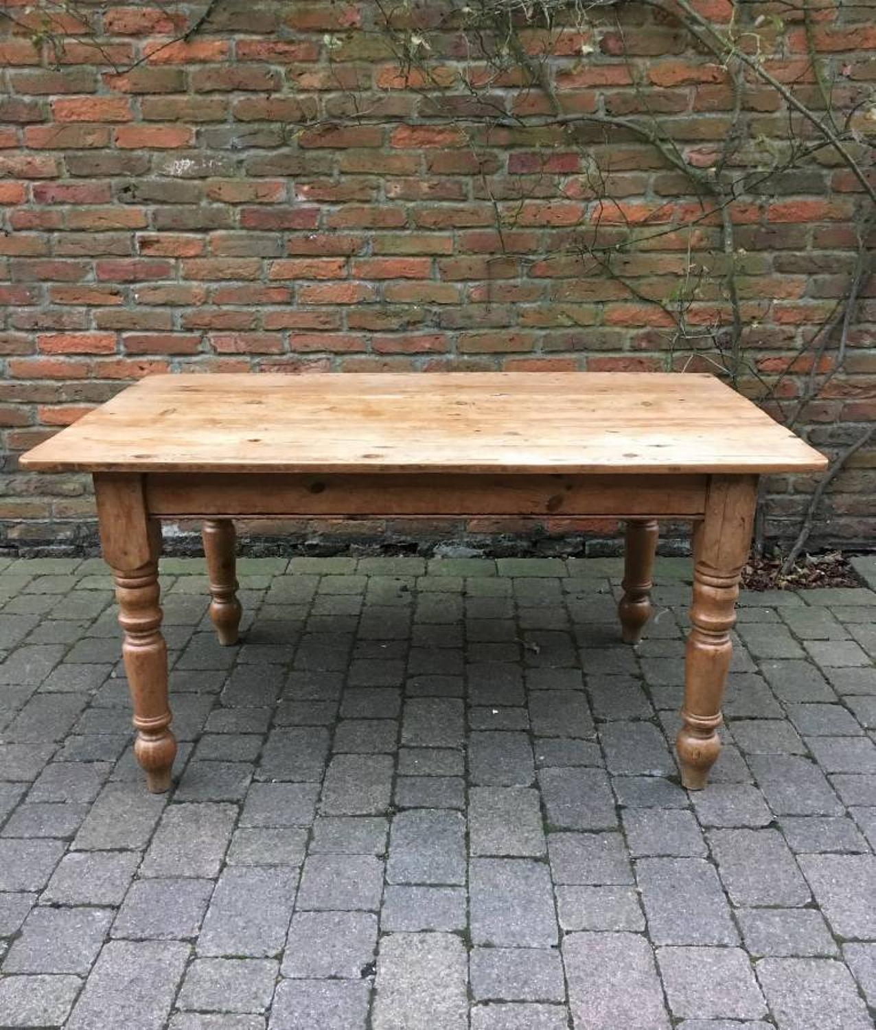 Victorian Pine Table to Seat 6