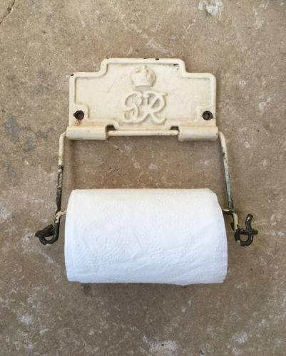 1930s Loo Toilet Roll Holder with GR Crown Stamp