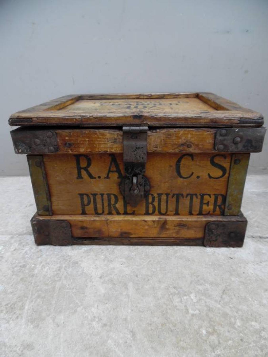 Rare 1920s Travelling Butter Box