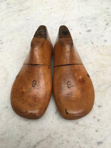 Edwardian Perfect Pair of English Childrens Shoe Lasts