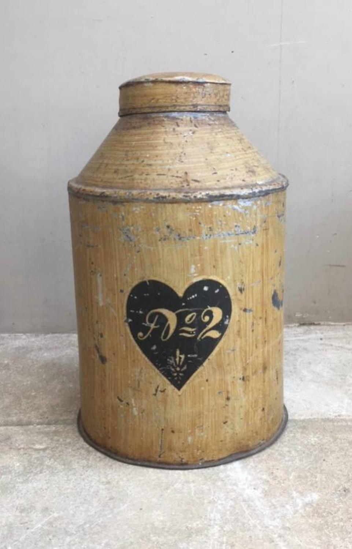 Victorian Tea Tin in Original Paint - Heart - No.2