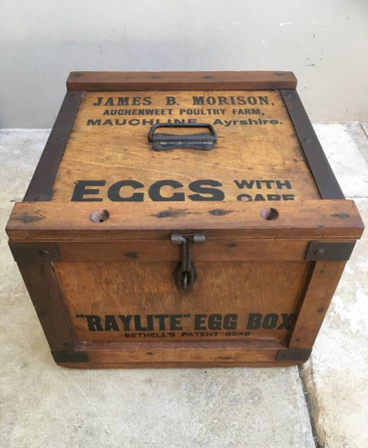 Superb Condition 1930s Raylite Travelling Egg Box