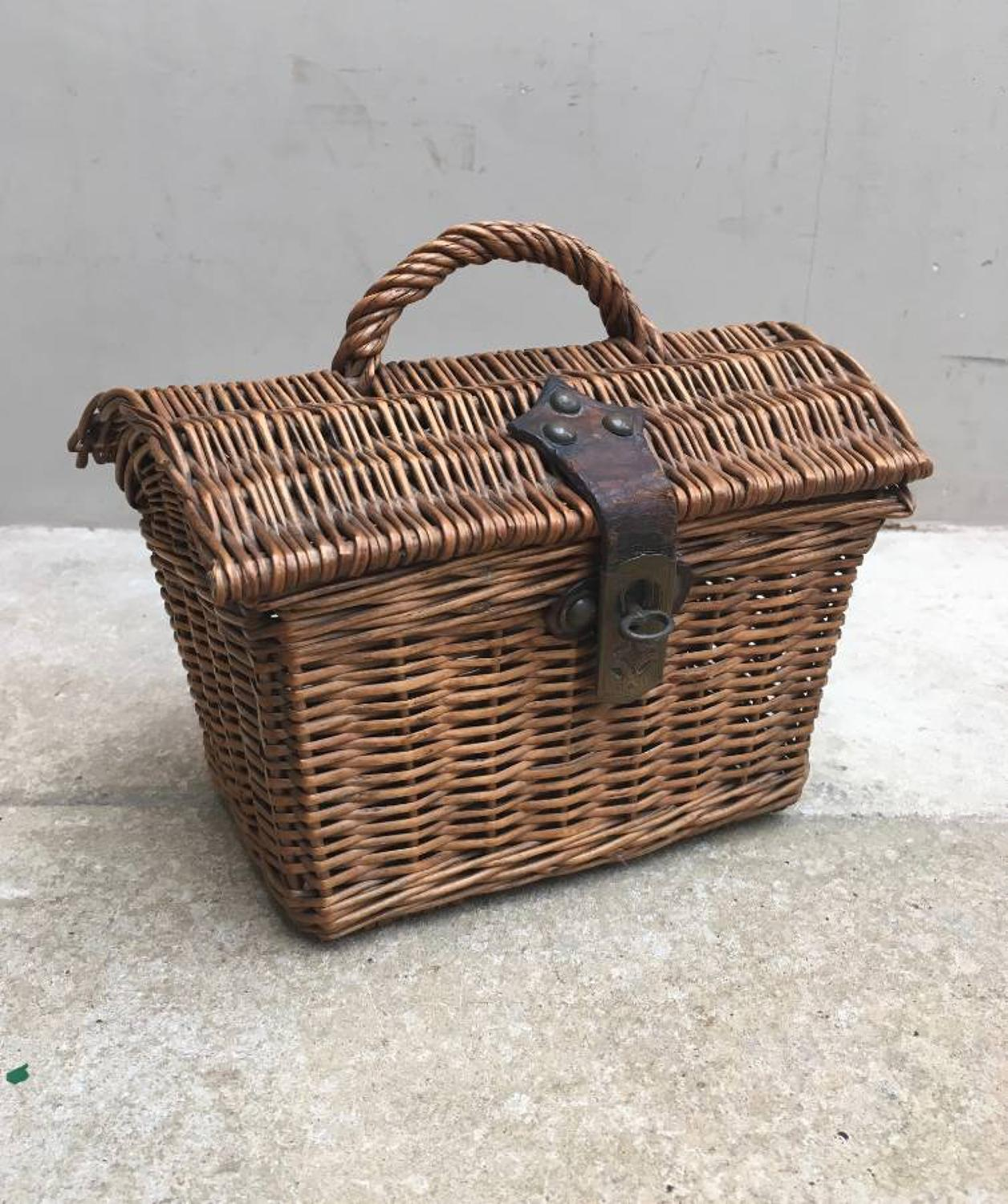 Superb Victorian Childs Basket - Wonderful Condition