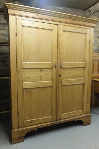 Victorian Pine Panelled Cupboard with 16 Large Pigeon Holes Inside
