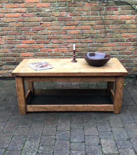 Victorian Pine Coffee Table: Victorian Pine Base With Reclaimed Top