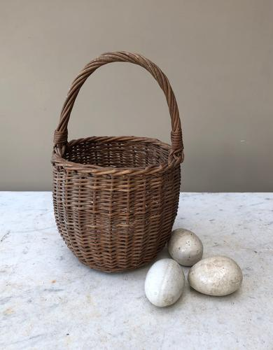 Late Victorian Childs Egg Basket