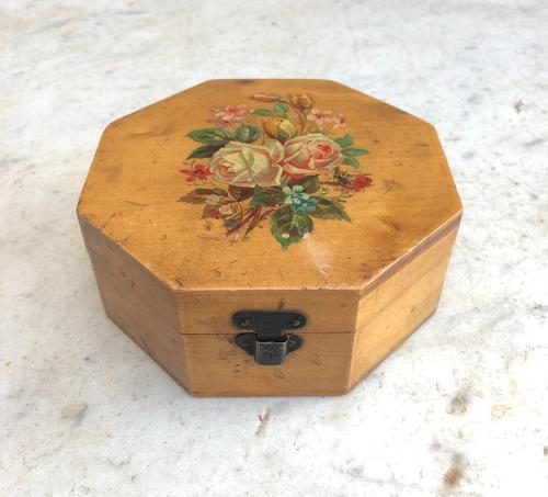 Early 20th Century Advertising Box - JP Coats Limited