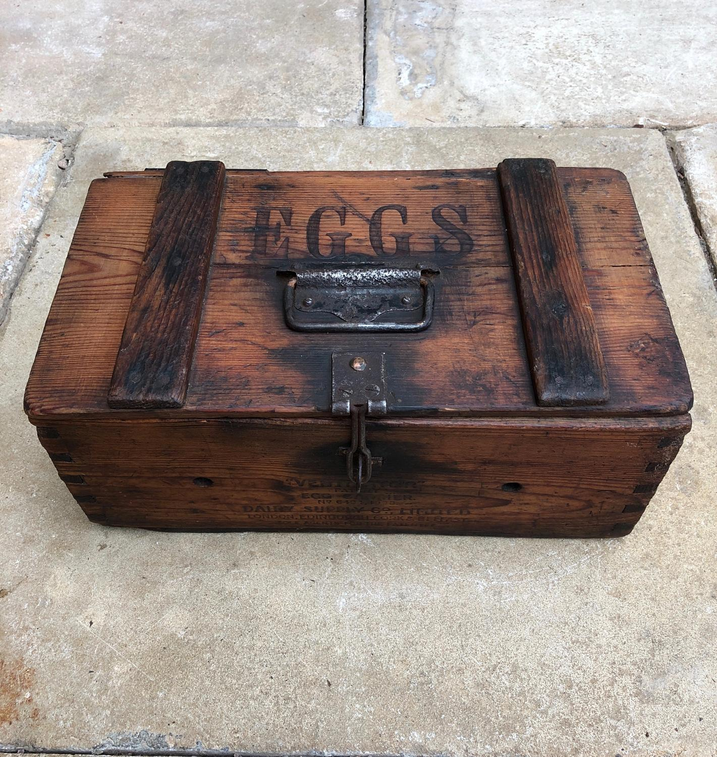 Dairy Supply Company Pine Travelling Eggs Box