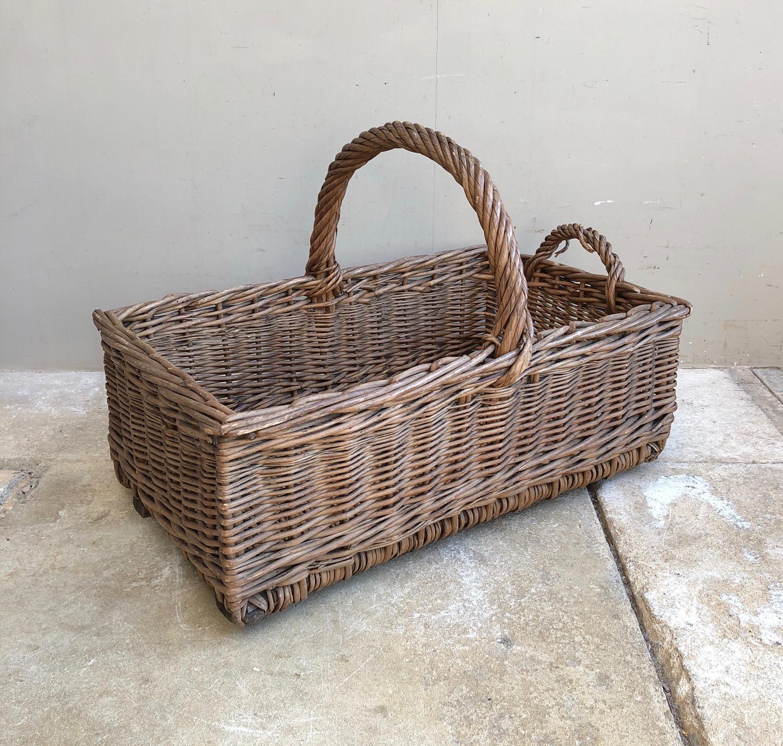 Edwardian Bakers Basket - Wooden Slat Base