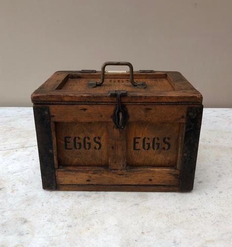 Early 20th Century Travelling Eggs Box