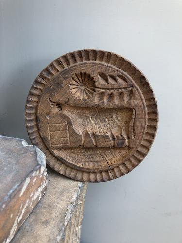 Large Victorian Carved Treen Butter Stamp - Cow with Unusual Flower