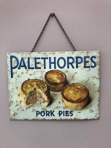1920s Super Rare Shops Tins Advertising Sign - Palethorpes Pork Pies