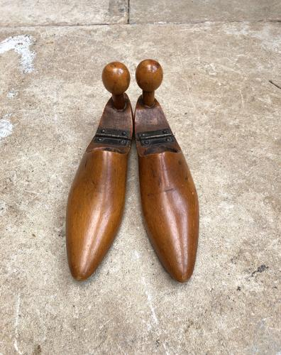 Late Victorian Treen Ladies Shoe Trees - Size 6