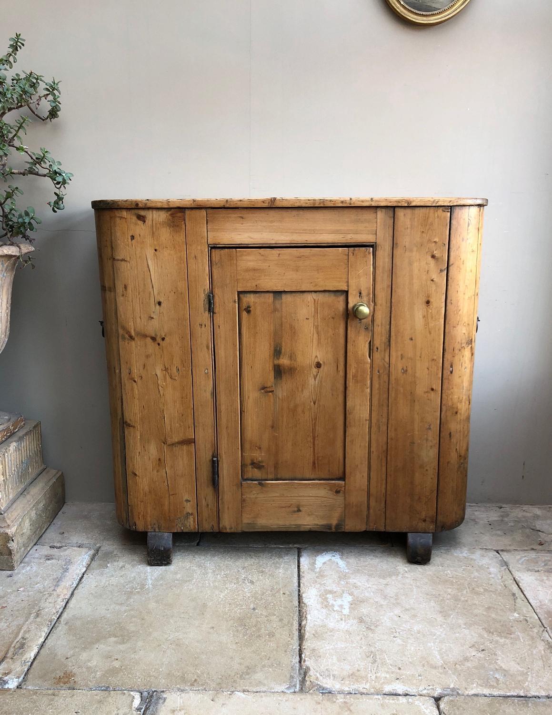 Victorian Pine Huffer Cupboard