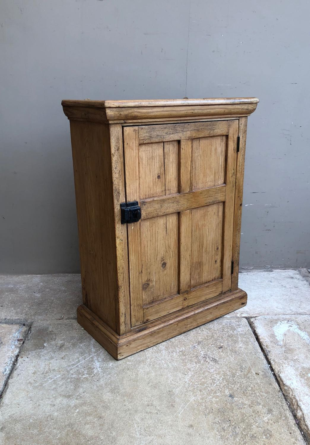 Early 20th Century Pine Shelved Wall Cupboard