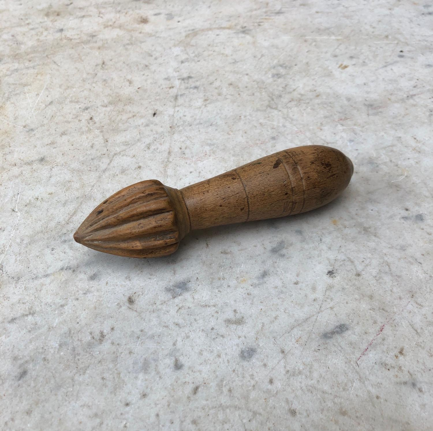 Early 20th Century Hand Carved Treen Lemon Squeezer Reamer