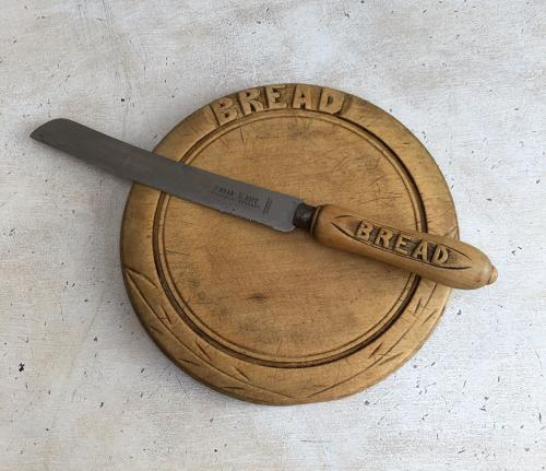 Early 20th Century Basic Bread Board & Knife - Cute Size Board.
