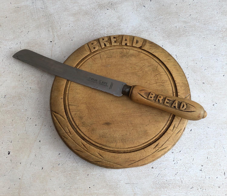 Early 20th Century Basic Bread Board & Knife - Cute Size Board.