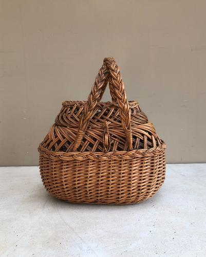 Victorian Intricately Made Lady's Basket in Lovely Condition