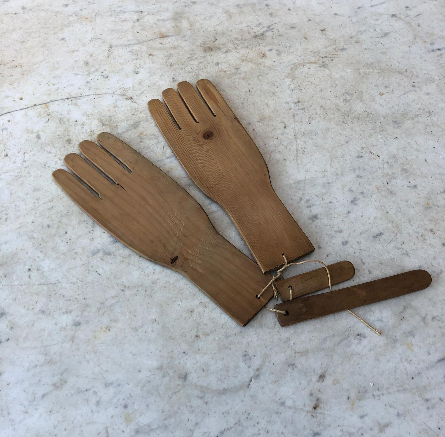 Early 20th Century Pine Hand Glove Driers Stretchers