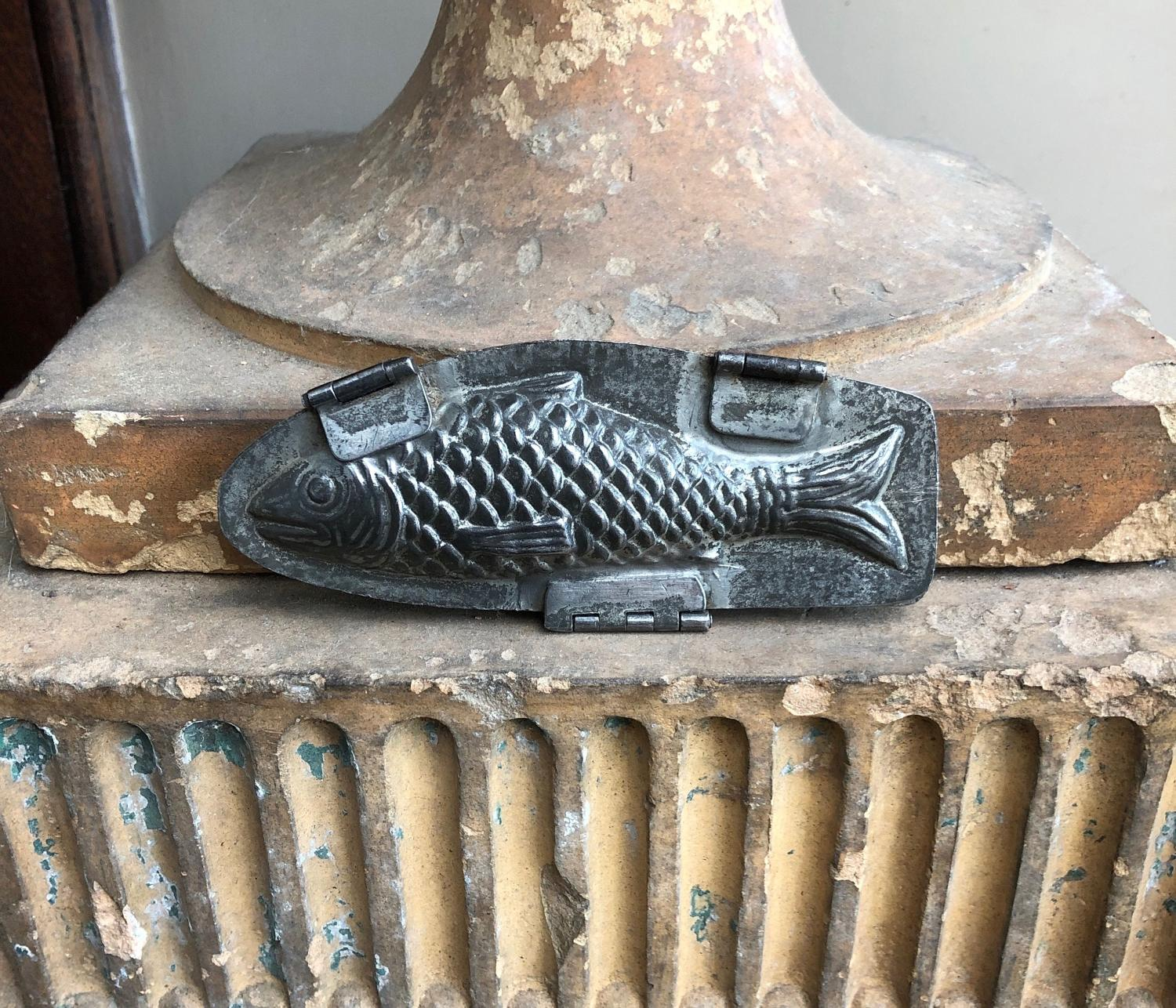 Early 20th Century Hinged Double Sided Chocolate Mould - Fish