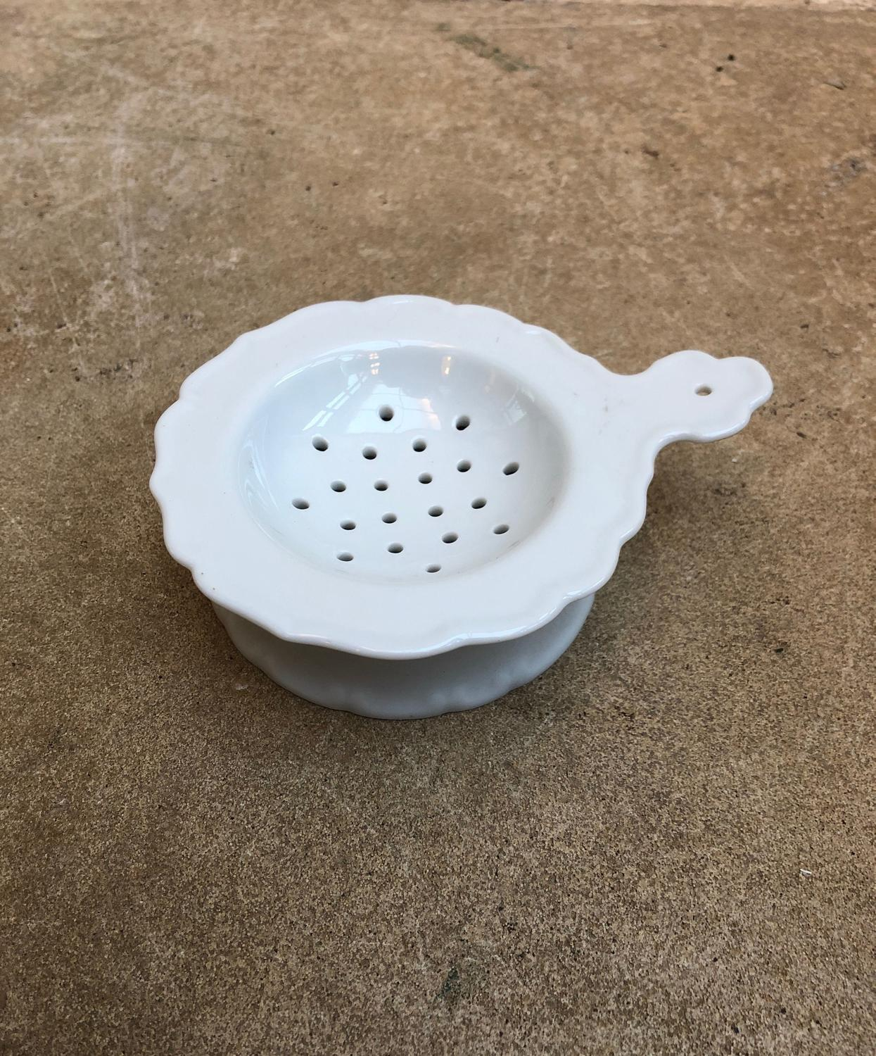 Early 20th Century White Porcelain Strainer & Original Stand