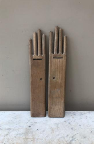 Victorian Treen Ladys Glove Stretchers Driers - Articulated Fingers