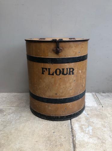 Superb Victorian Toleware Flour Bin - Great Original Condition