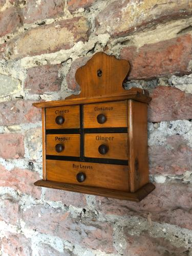 Victorian Pine Spice Chest of Five Drawers - Lovely Original Condition