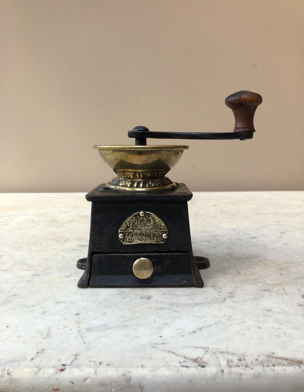 Victorian Rare Size Zero Cast Iron