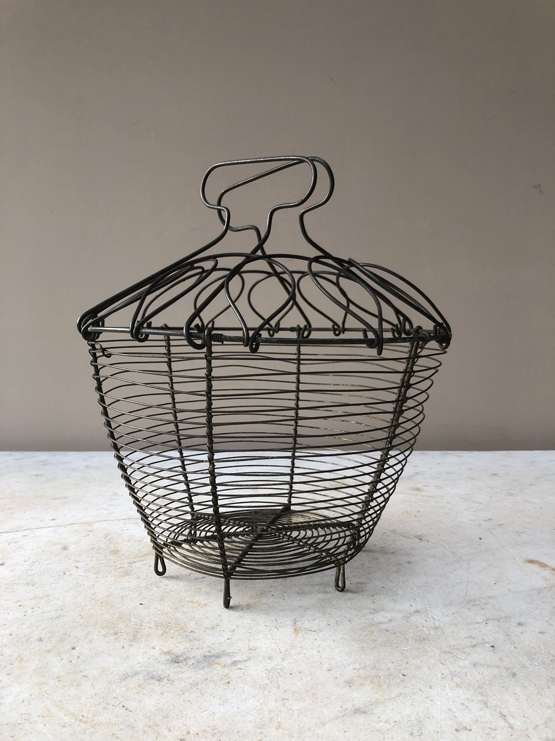 Early 20th Century Exc Condition Wire Work Salad Shaker - Egg Basket