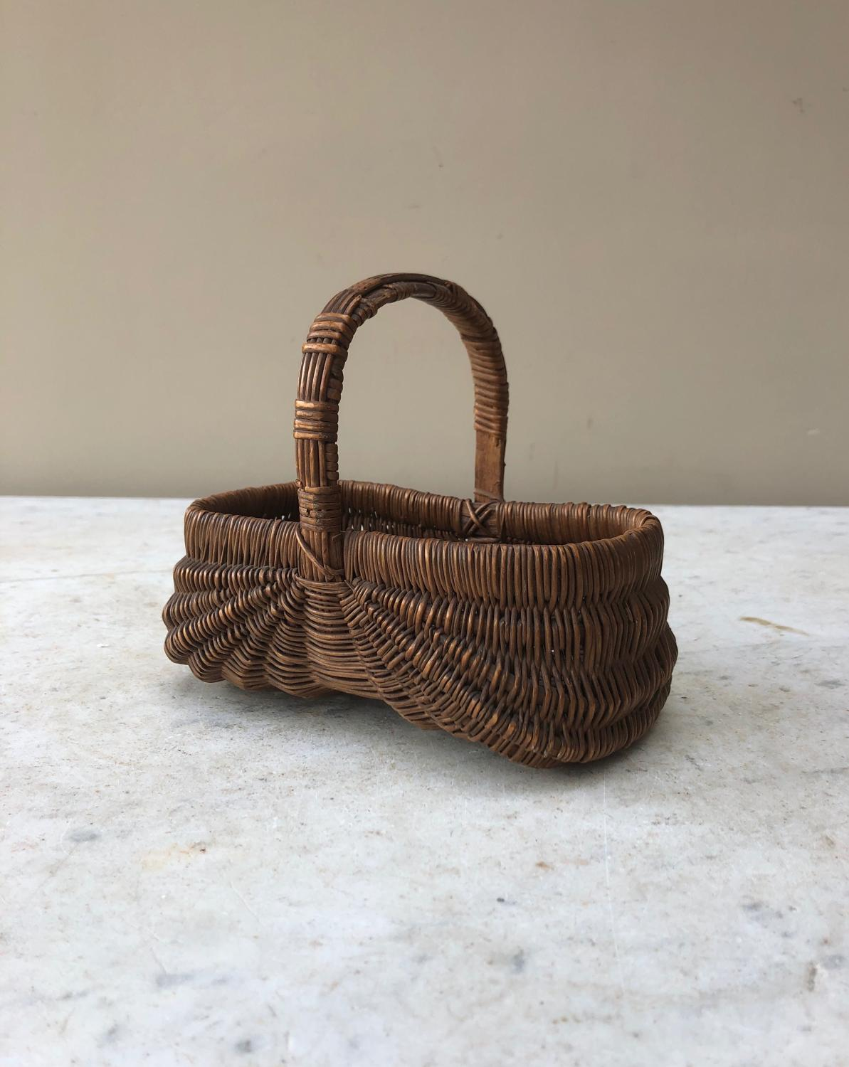 Superb Condition Victorian Folk Art Small Basket