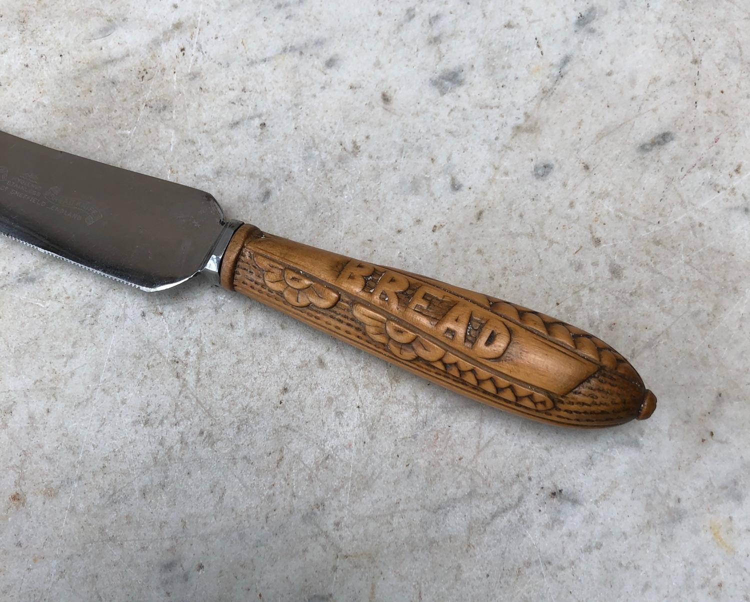 Early 20th Century Bread Knife with Diagonal Carving on Handle