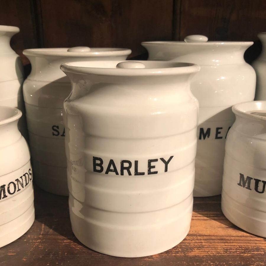 Early 20thC White Banded Kitchen Jar with Original Lid - Barley