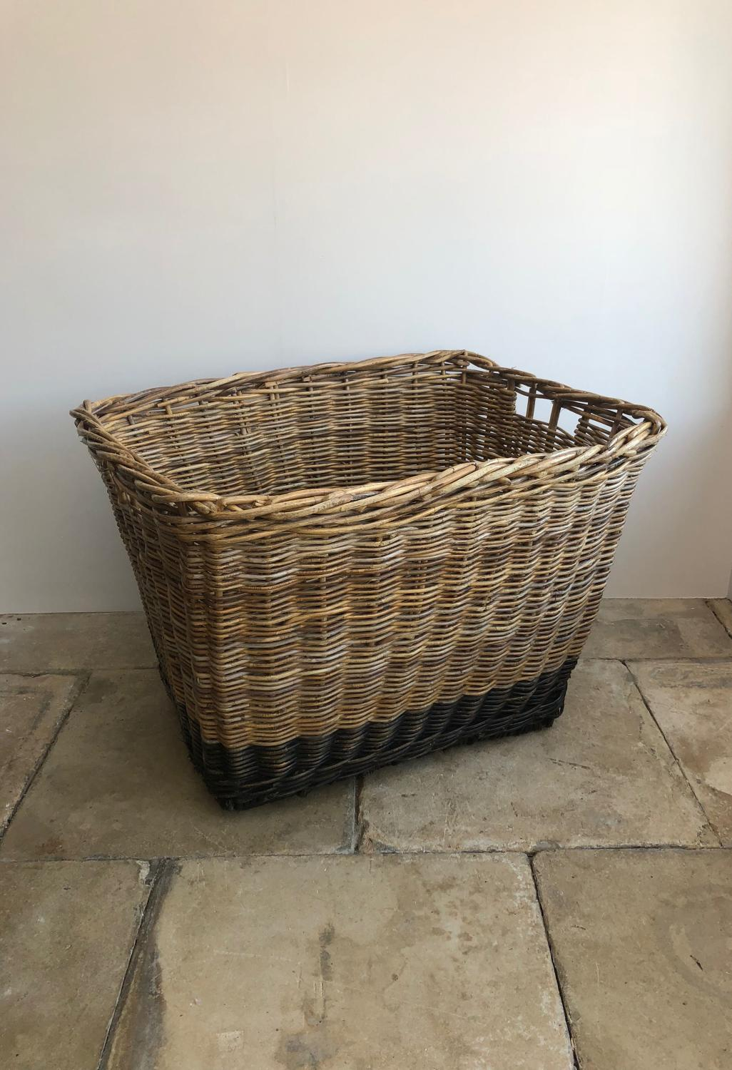 Large Early 20th Century Mill Basket in Excellent Condition