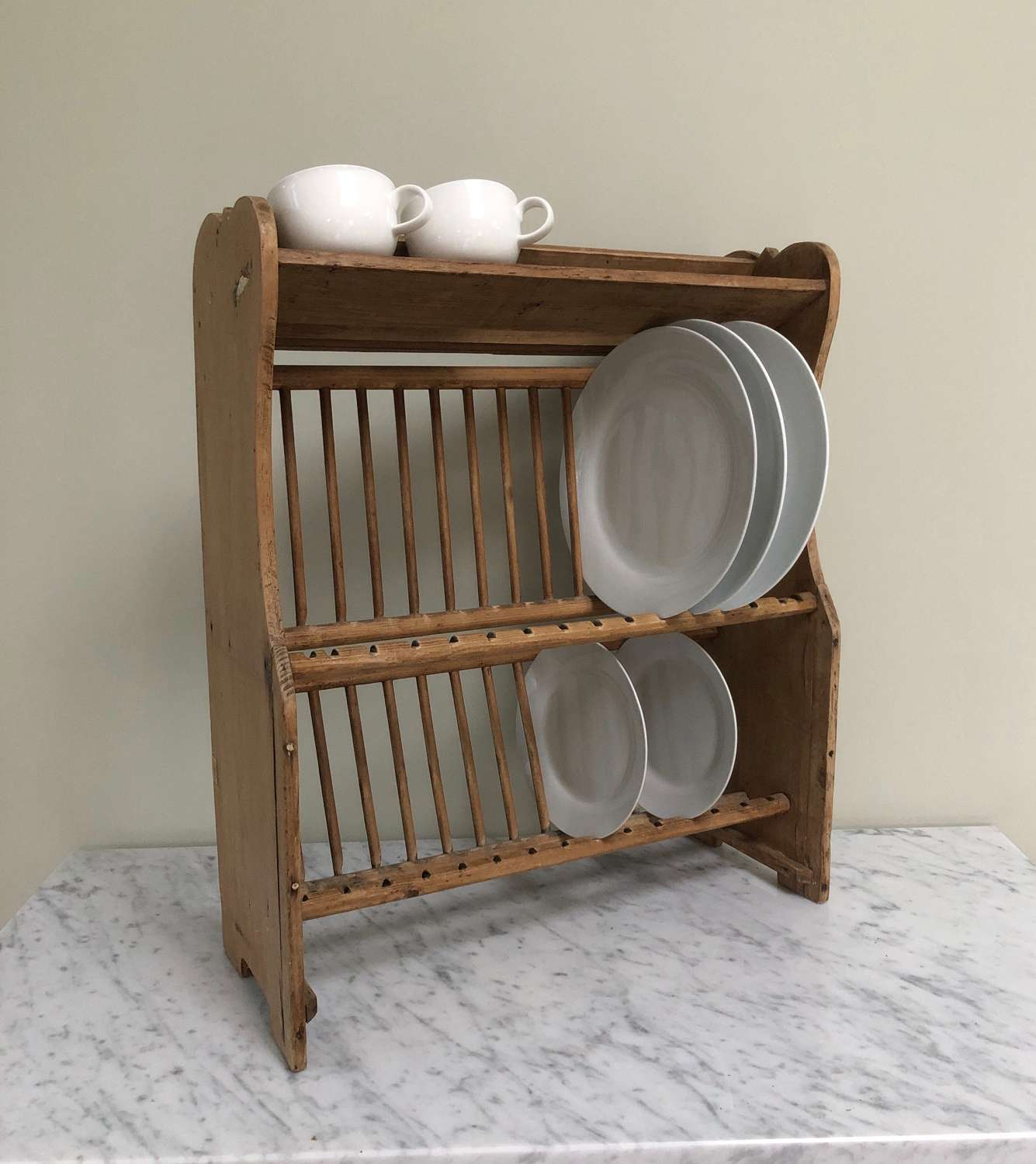 Early 20th Century Two Tier Pine Plate Rack with Cup Shelf to Top