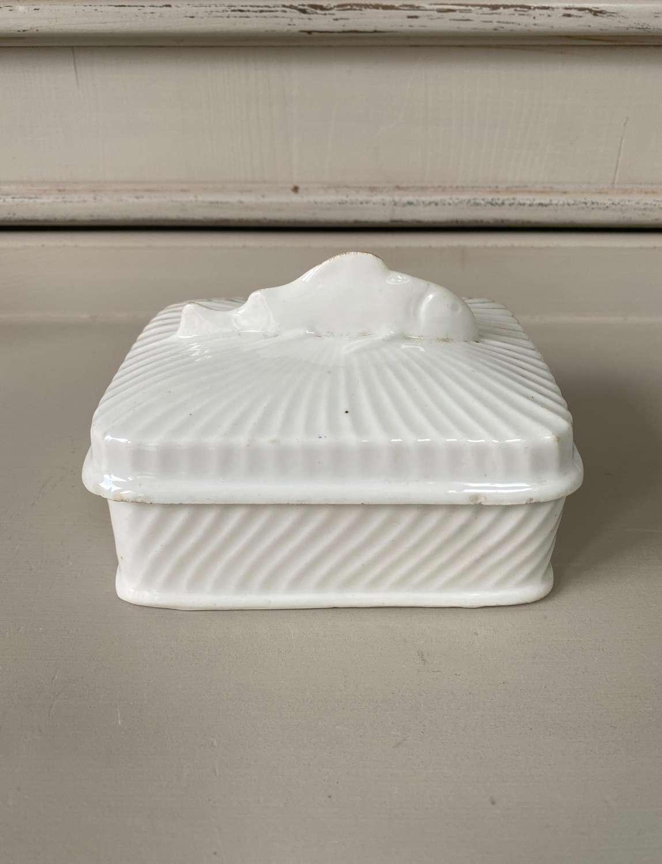 Early 20th Century Pure White Sardine Dish