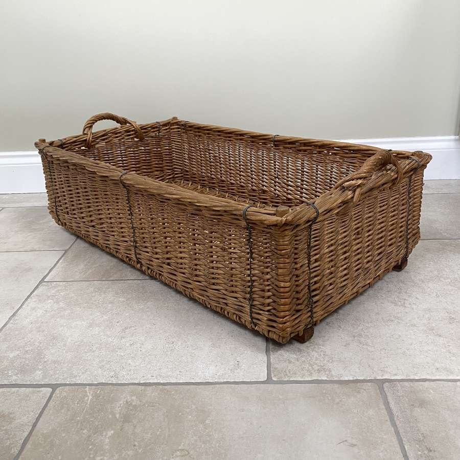 Early 20th Century Excellent Condition Rectangular Basket