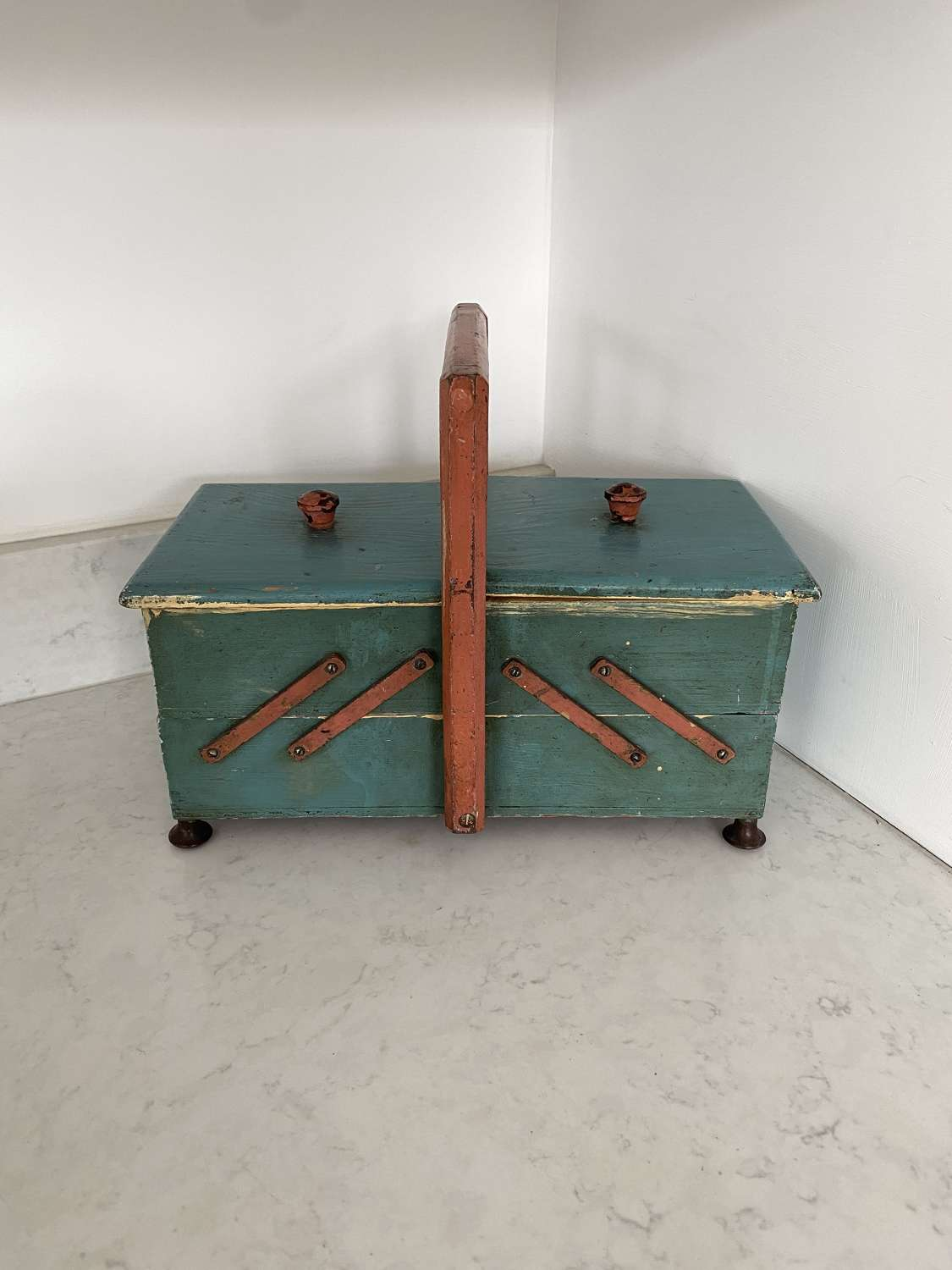 C1940s Extendable Workbox in Great Condition Original Paint
