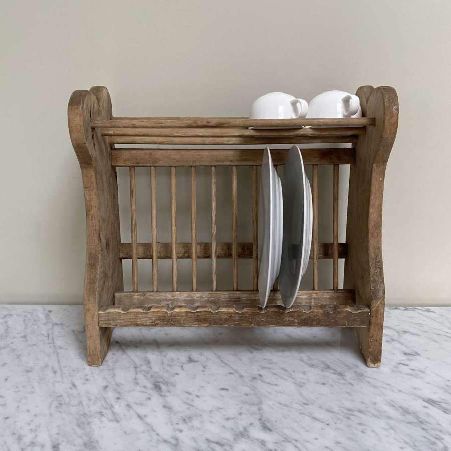 Early 20th Century Pine Plate Rack with Cup Shelf